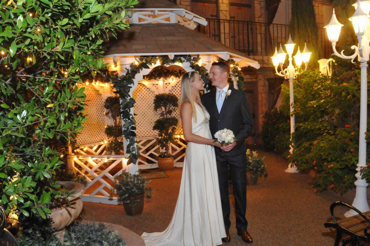 Las vegas wedding for the best weddings in las vegas nv usa gazebo chapel junglespirit Gallery