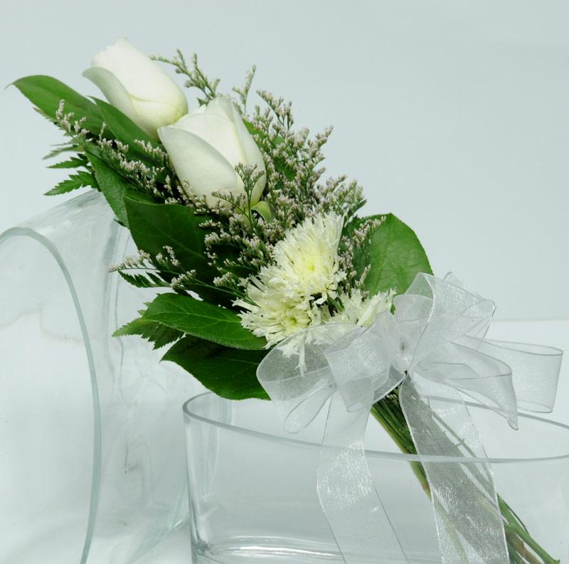 Two Rose Presentation - White | Las Vegas Wedding