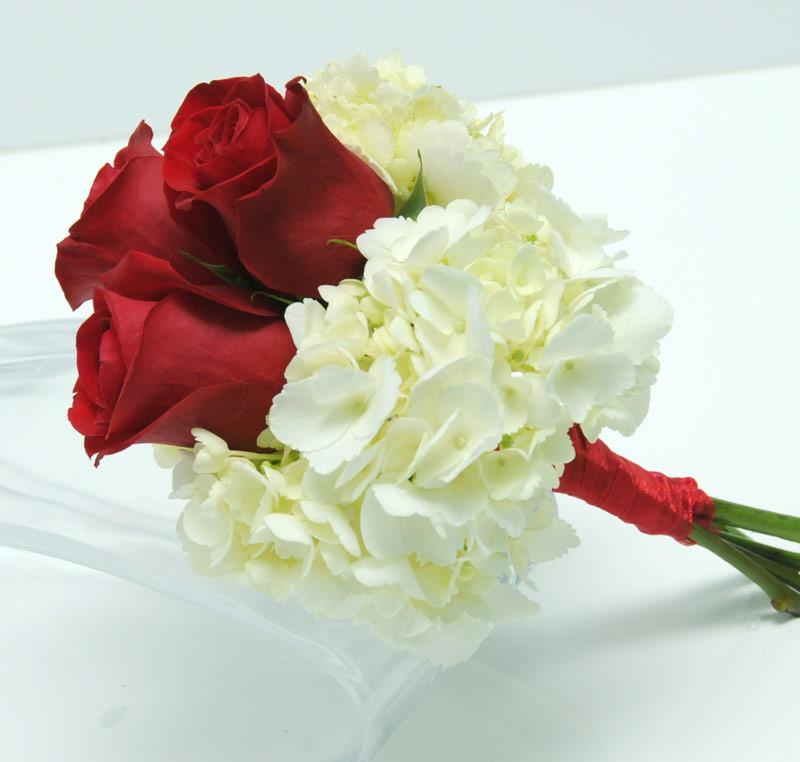 Three Rose Bouquet Hydrangea Red